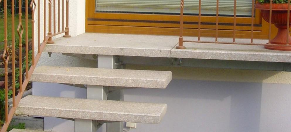 treppe hauseingang finest treppe selber bauen finale. Black Bedroom Furniture Sets. Home Design Ideas